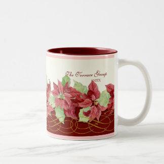 名前入りな休日のクリスマスのポインセチアビジネス ツートーンマグカップ