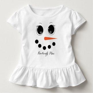 名前入りな冬のSnowgirlの幼児のひだのワイシャツ トドラーTシャツ