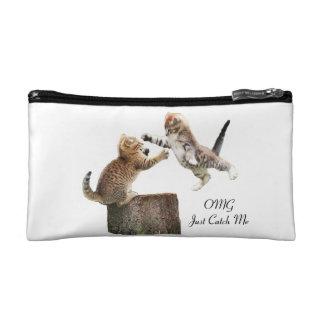 名前入りな子ネコの化粧品のバッグ コスメティックバッグ
