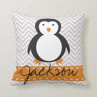 名前入りな子供の休日のペンギンの枕 クッション