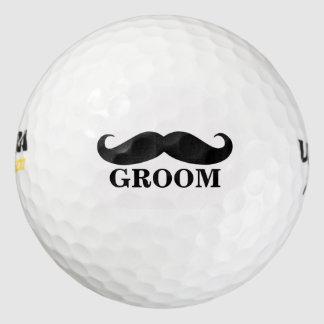 名前入りな新郎の髭の結婚式の引き出物 ゴルフボール