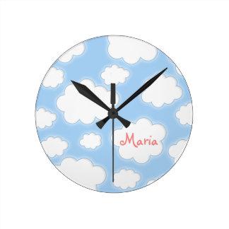 名前入りな柔らかい雲の名前をカスタムする ラウンド壁時計
