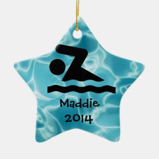名前入りな水泳のデザインのオーナメント セラミックオーナメント