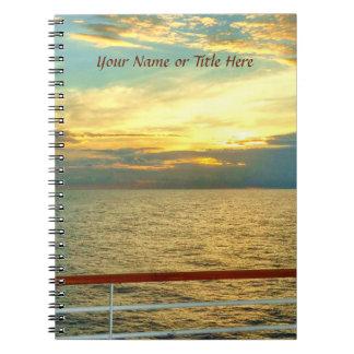 名前入りな海洋の日の出 ノートブック