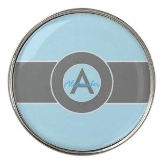 名前入りな淡いブルーの灰色のモノグラム ゴルフボールマーカー
