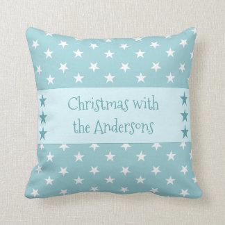 名前入りな淡青色のクリスマスの星 クッション