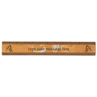 名前入りな渦巻のデザイン 木製 物差し