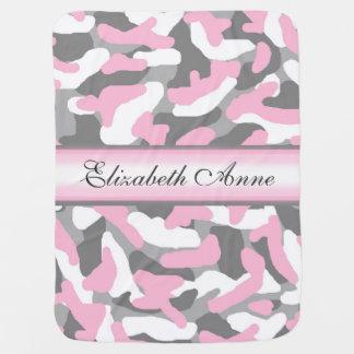 名前入りな灰色の灰色のピンクの迷彩柄のカムフラージュ ベビー ブランケット