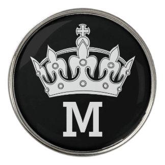 名前入りな白い王冠のモノグラム ゴルフボールマーカー
