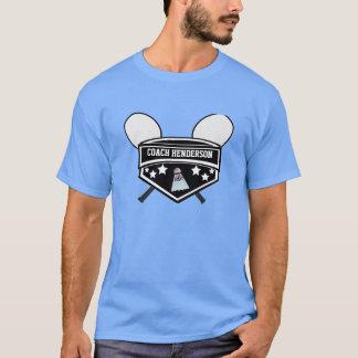 名前入りな白黒バドミントンのコーチ Tシャツ