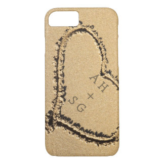 名前入りな砂|のイニシャルのロマンチックなハート iPhone 8/7ケース