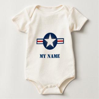 名前入りな空軍幼児オーガニックなクリーパー ベビーボディスーツ