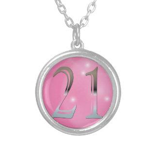名前入りな第21誕生日の銀|第21 シルバープレートネックレス