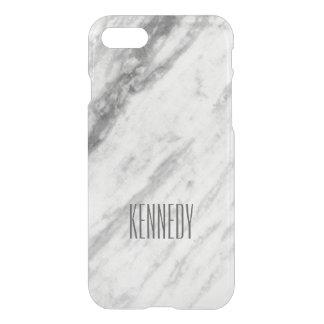 名前入りな粋で白いおよび灰色の大理石の一見 iPhone 7ケース