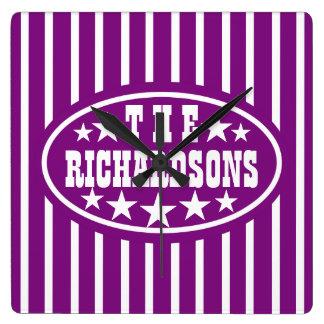 名前入りな紫色のヴィンテージのカーニバル スクエア壁時計