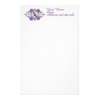 名前入りな紫色の花を持つハチドリ 便箋