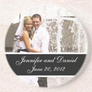 名前入りな結婚式の写真の記念品のコースター コースター