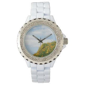 名前入りな腕時計の青空はケシ草原を曇らせます 腕時計