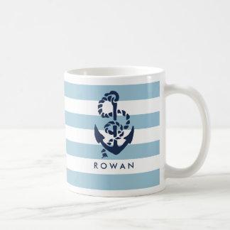 名前入りな航海のな青い縞及び海軍いかり コーヒーマグカップ
