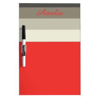 名前入りな赤い傘のパレットのストライプ ホワイトボード