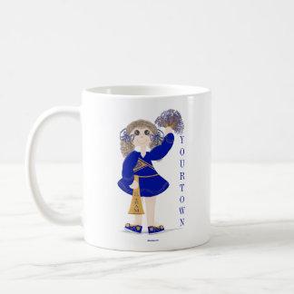 名前入りな金ゴールドおよび青いチアリーダーのマグ コーヒーマグカップ