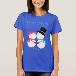 名前入りな雪だるまのカップルのワイシャツ Tシャツ