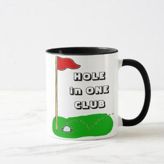 名前入りな1つのクラブカスタムのゴルフ穴 マグカップ