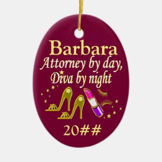 名前入りな、日付がついた弁護士の花型女性歌手のオーナメント セラミックオーナメント