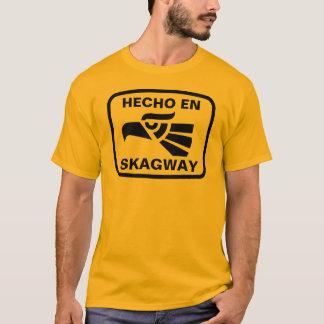 名前入りなHecho en Skagwayのpersonalizadoのカスタム Tシャツ
