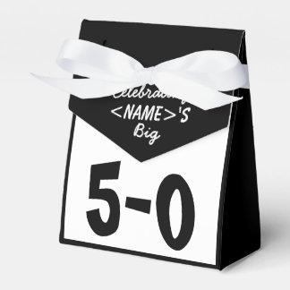 名前入り第50誕生日の好意箱を祝って下さい フェイバーボックス