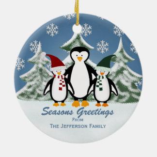 名前入り: ペンギン家族のクリスマスのオーナメント セラミックオーナメント