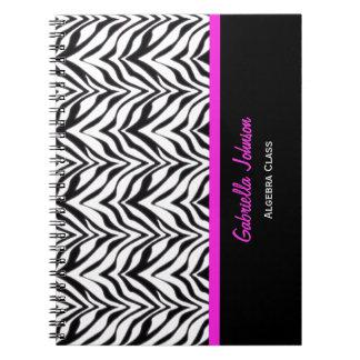 名前入り: 整うピンク: シマウマのプリントのノート ノートブック