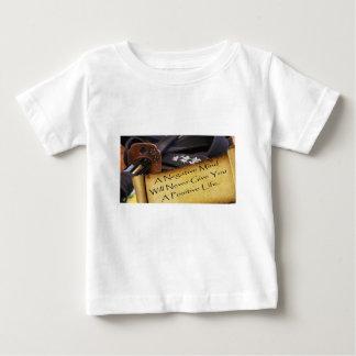 否定的な心は決してapositive生命を与えません ベビーTシャツ