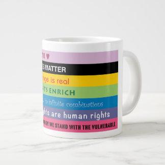 含んだ進歩的なスローガンのロゴ ジャンボコーヒーマグカップ