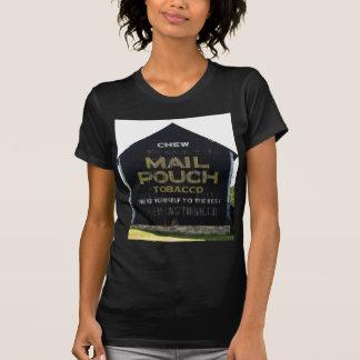 咀嚼郵便袋のタバコの納屋-元の写真 Tシャツ