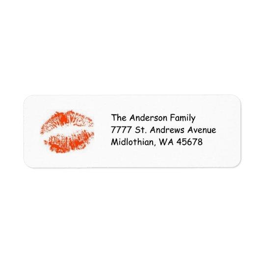 唇の差出人住所のAveryの赤いラベル 返信用宛名ラベル