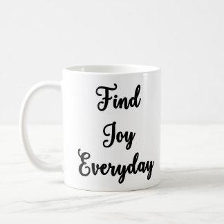 喜びの毎日のマグを見つけて下さい コーヒーマグカップ