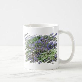 喜びの紫色分野 コーヒーマグカップ