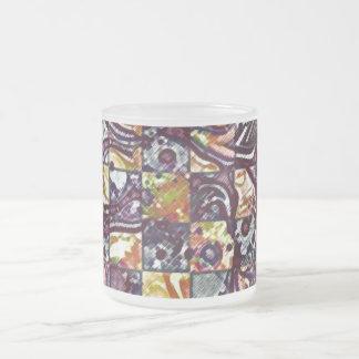 喜劇的なレリーフ、浮き彫り フロストグラスマグカップ