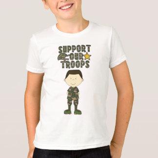 喜劇的な迷彩柄の男の子の兵士の軍隊は青年Tシャツをからかいます Tシャツ