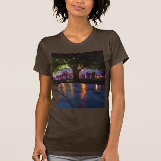 噴水ショー-夜までにワルシャワ Tシャツ