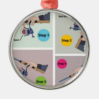回転の巻き枠が付いている回転棒を投げる4つのステップ メタルオーナメント