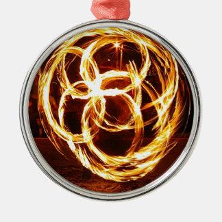 回転の火-ケルト結び目模様 メタルオーナメント