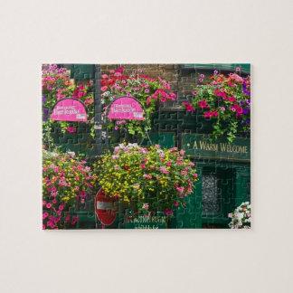 困難でぶら下がったな花のバスケットSouthwarkロンドン ジグソーパズル