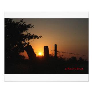 囲い線日没の写真の拡大 フォトプリント