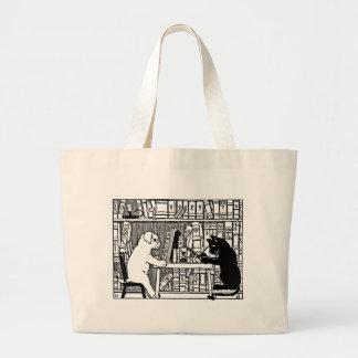 図書館のマット ラージトートバッグ