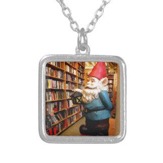 図書館の格言II シルバープレートネックレス