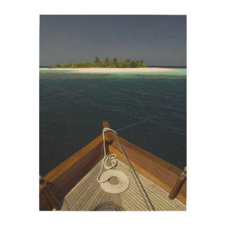 固定されたボートの接近の島 ウッドウォールアート