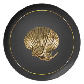 固定された貝殻航海のな|の黒及び金ゴールド プレート