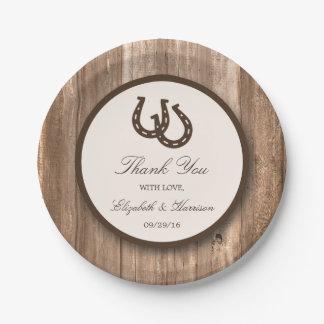 国の素朴な蹄鉄及びブラウンの木製の結婚式 ペーパープレート